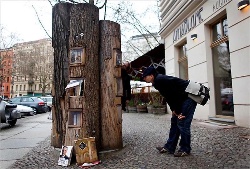 bookshelf-trees-in-berlin