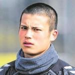 Ryo Miyaichi1